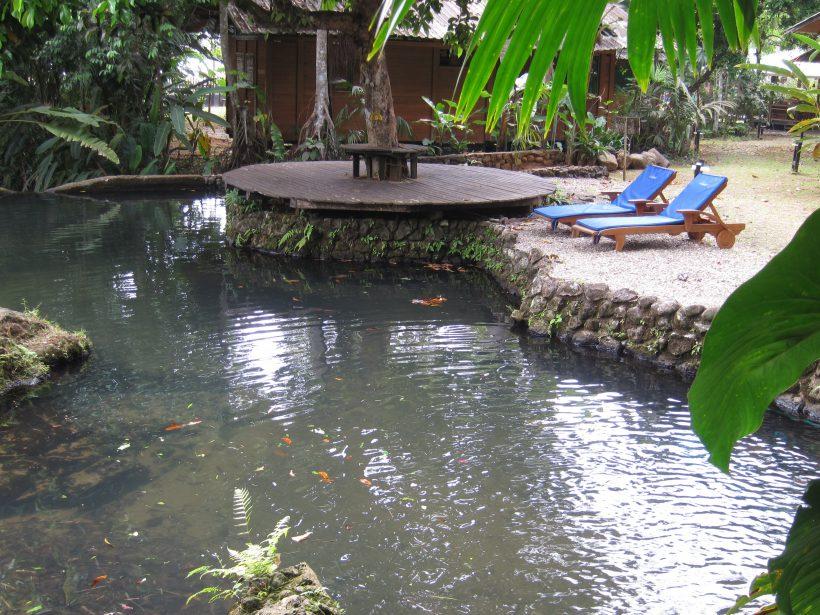 4.Hotel-Piscina Natural