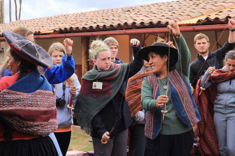Cusco-LeadingTheWay
